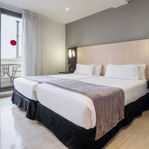 Camera Junior Suite Hotel ILUNION Almirante Barcellona